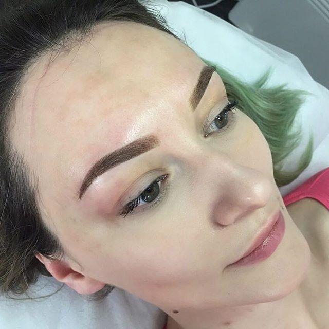 перманентные брови сразу после процедуры