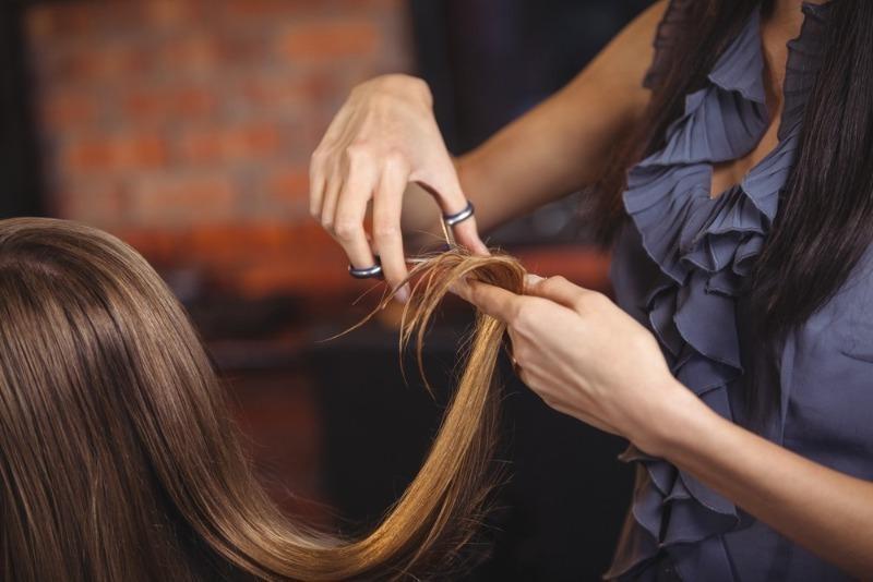 Почему по приметам нельзя стричь волосы вечером   Изюминки