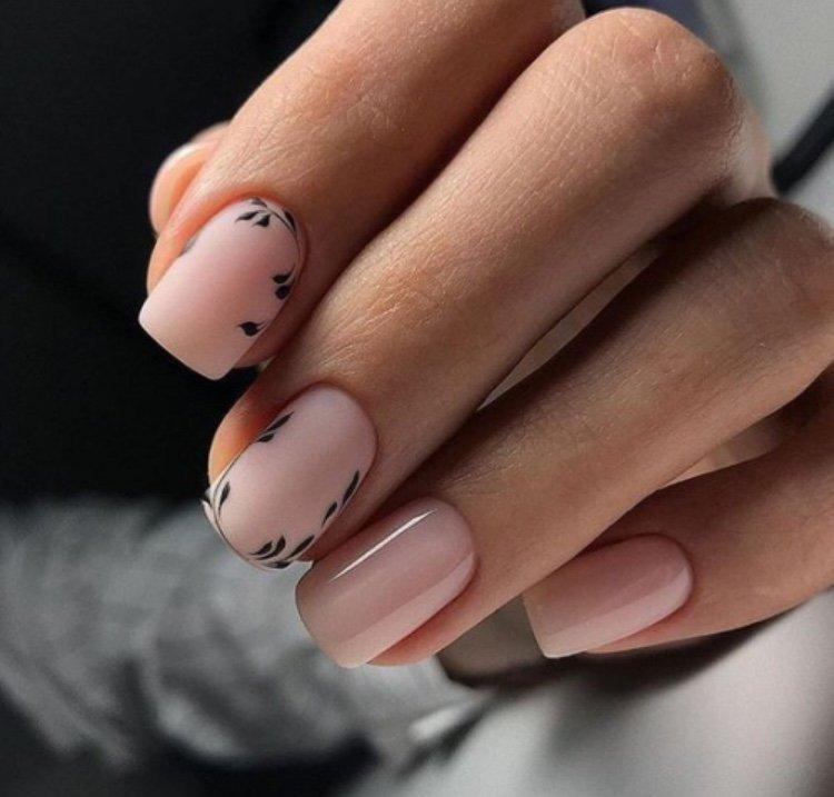 цветок рисунок на ногтях