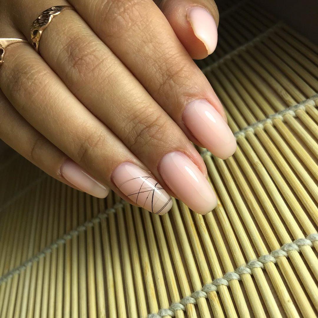 Паутинка на ногтях черым