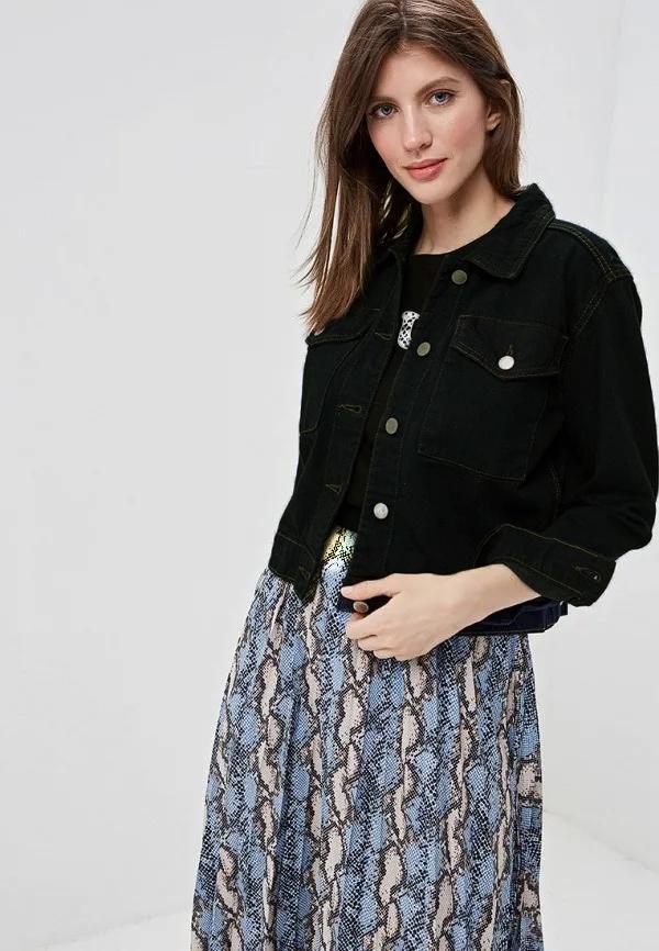 Черная куртка и платье