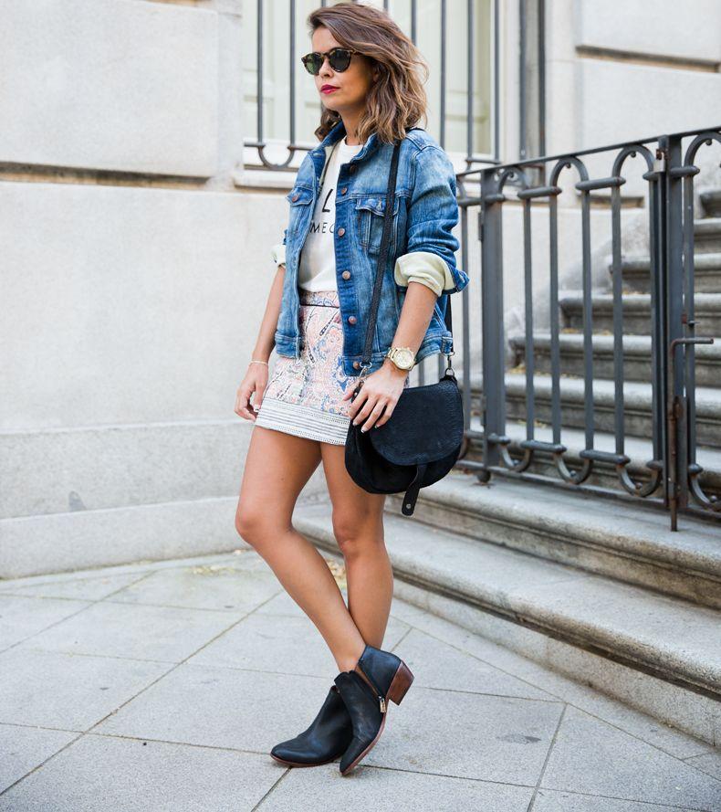 джинсовка и объемная обувь