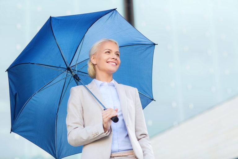 Как почистить зонт от грязи и пятен