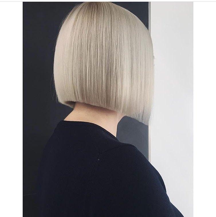 Ровный срез на волосах снова на пике моды