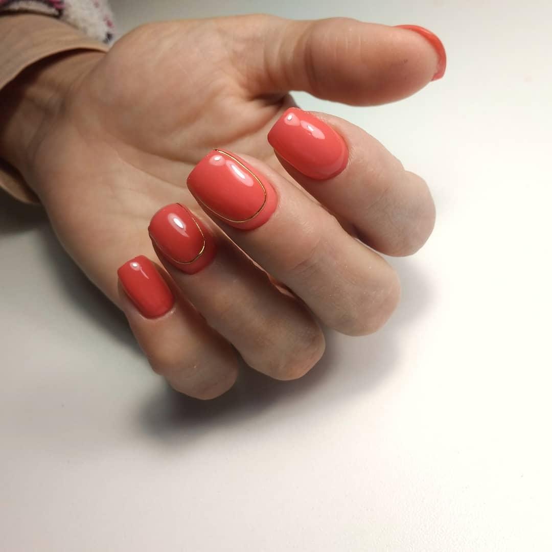 Коралловый маникюр: как использовать самый модный цвет года в нэйл-дизайне