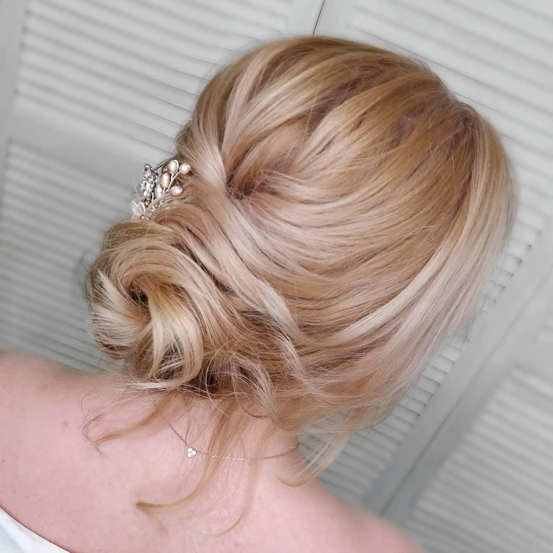 Как собрать волосы в красивый пучок: четыре способа и фото для вдохновения