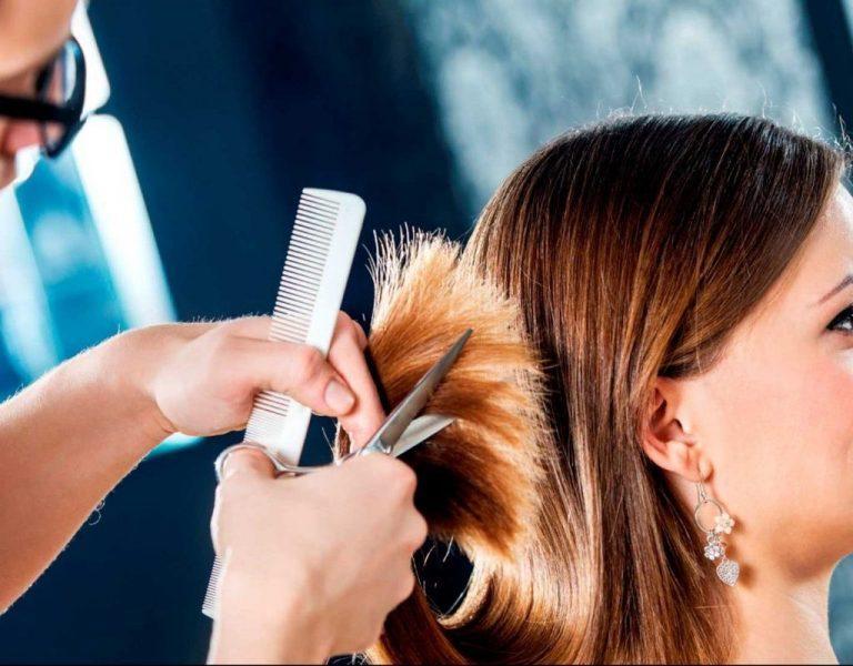 Лунный календарь стрижек на март: когда идти в парикмахерскую, чтобы не стать дурнушкой