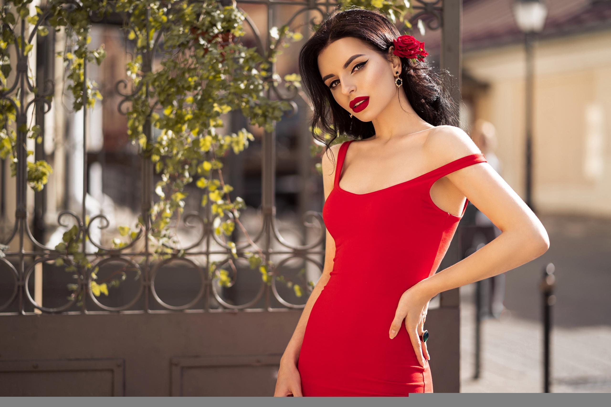 Какие цвета в одежде приносят удачу женщинам раÐных Ðнаков Зодиака