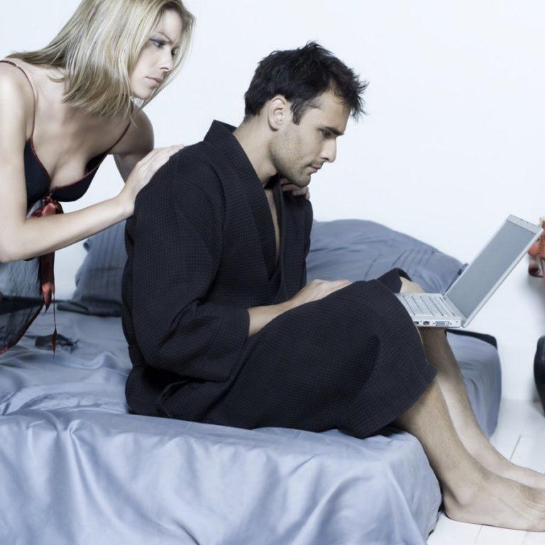 Перестаем ревновать: как отказаться от этой вредной привычки и поверить в себя