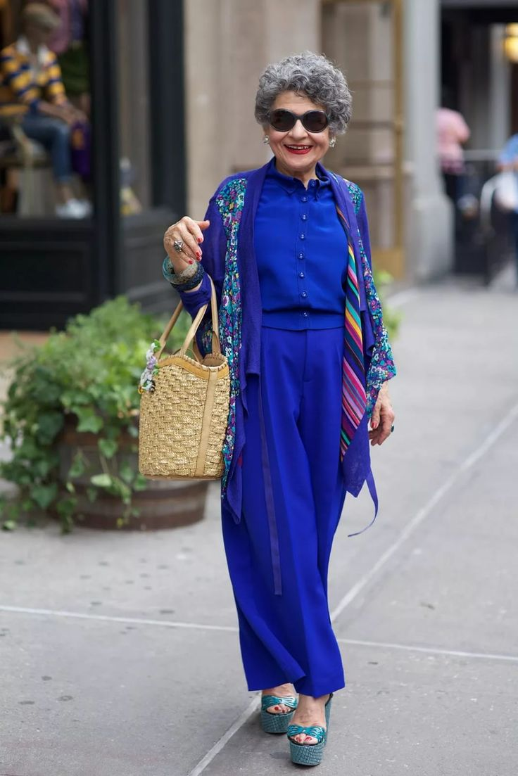 Какие цвета нужно носить женщинам постарше, чтобы выглядеть дорого и ухоженно