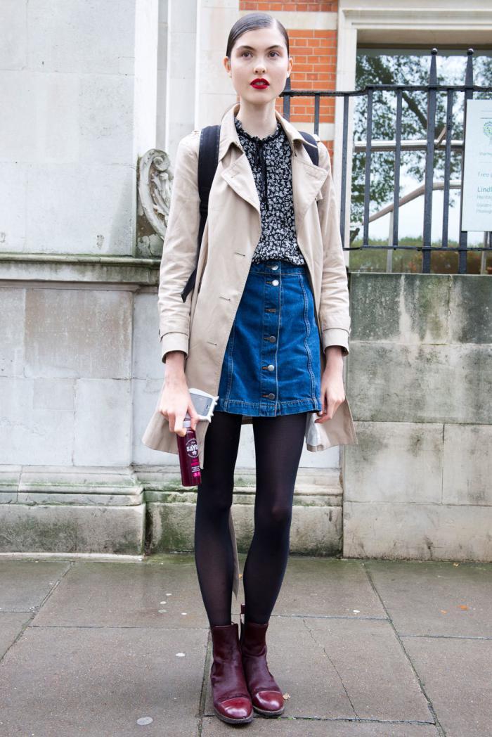 Джинсовая юбка с пальто