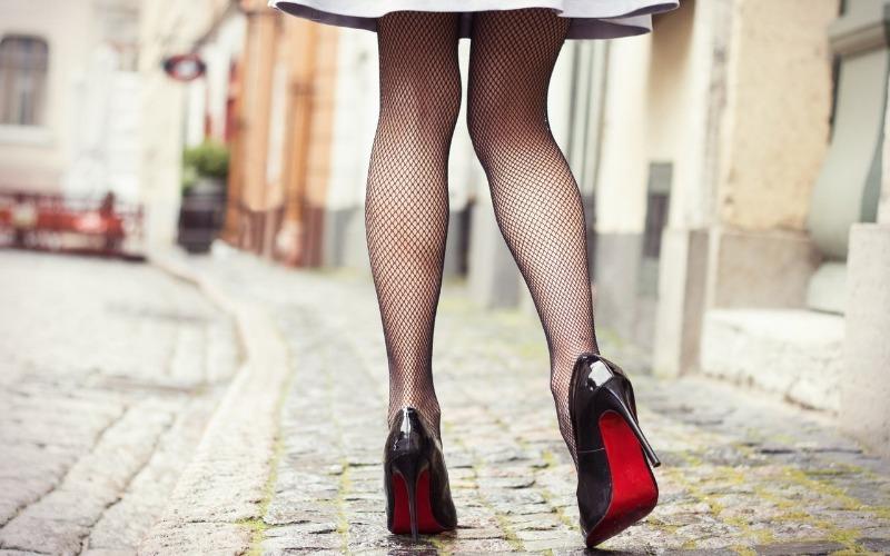 Можно и потерпеть: 7 неудобных вещей, которые делают женщину соблазнительной