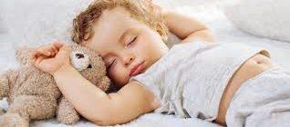 Как правильно укладывать малыша спать