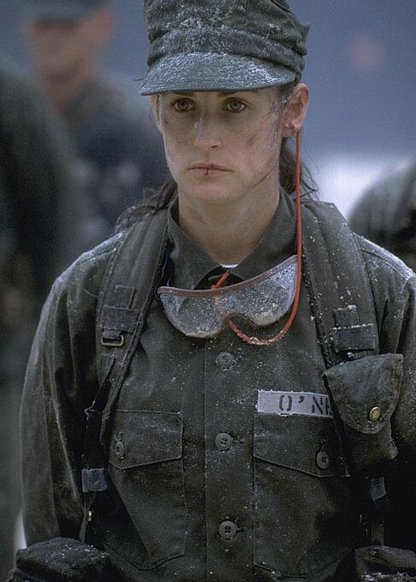 Тренировка Сексуальной Деми Мур – Солдат Джейн (1997)